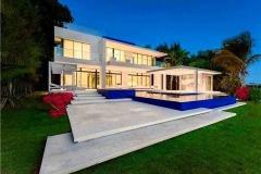 45-Desain-Rumah-Modern-2020-32