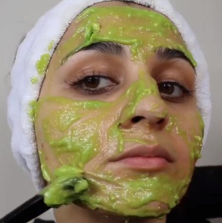 perawatan kulit dengan alpukat
