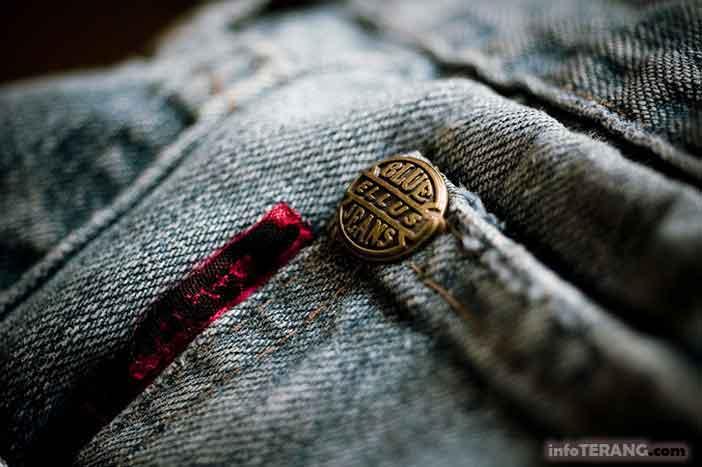 Fungsi besi kecil pada celana jeans yang jarang diketahui