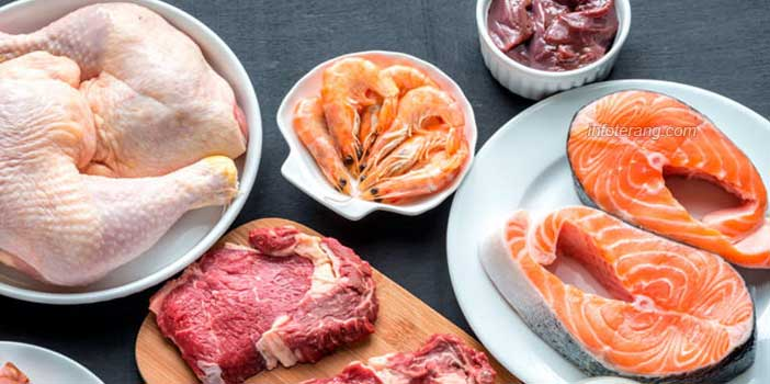 Daging, unggas, dan makanan laut (seafood)