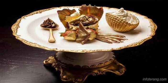 Makanan berisi emas
