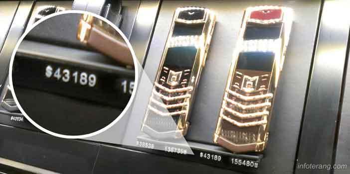 Ponsel berlapis emas